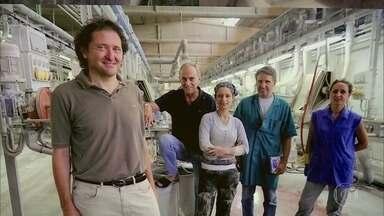 Projeto de operários italianos faz empresa falida voltar a funcionar - Funcionários abriram cooperativa e compraram a fábrica em que trabalhavam. Hoje, tudo pertence aos 44 sócios.