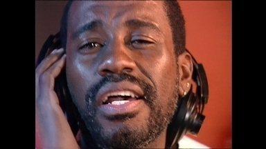 Morre vocalista do 'Fundo de Quintal', Mário Sérgio, aos 57 anos - Ele estava internado em um hospital na Baixada Fluminense para tratar um linfoma.
