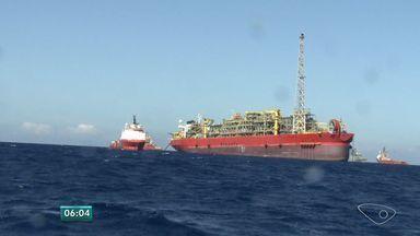 MPF denuncia 3 pessoas por mortes em explosão em navio-plataforma - Gerente, operador e superintendente assumiram risco, segundo o MPF-ES.