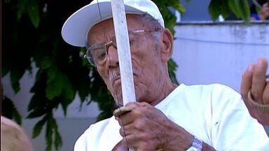 Morre aos 95 anos o capoeirista 'Mestre Gigante' - Mestre Gigante morreu após complicações causadas por uma infecção respiratória.