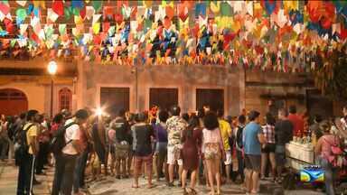 Arraial anima público na área central de São Luís - Arraial anima público na área central de São Luís.