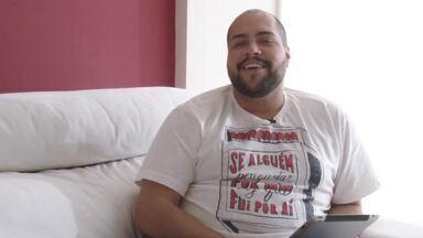 Ideal pra Você: Tiago Abravanel faz teste e descobre seu perfil alimentar - No ar no seriado Chapa Quente, ator responde questões sobre seus hábitos.