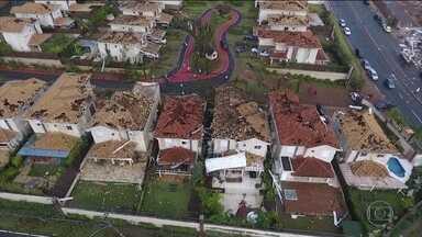 Tempestade causa estragos em Campinas (SP); fenômeno é chamado de microexplosão - Uma tempestade causou estragos enormes em Campinas, no interior de São Paulo. Os meteorologistas chamaram fenômeno de microexplosão.