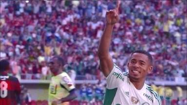 Palmeiras vence o Flamengo e entra na zona de classificação para a Libertadores - Sete jogos fecham a sexta rodada do Brasileirão. No Pacaembu, o Santos venceu o Botafogo, que agora é o lanterna.