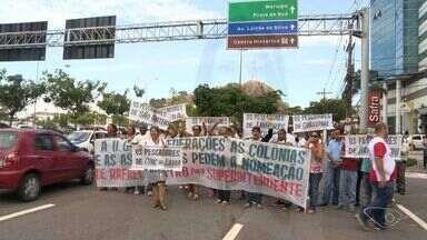 Pescadores protestam em Vitória por representante na Agricultura - Superintendência da Pesca foi extinta e vai se unificar à Agricultura.'Advogado Rafael Castro era muito atuante', disse representante do ato.