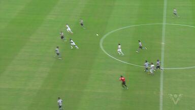 Santos vence o Botafogo por 3 a 0 - Partida aconteceu no Pacaembu.