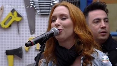 Georgia canta 'Agora só falta Você' - Banda do 'Superstar' participa do 'É de Casa'
