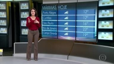 Sul do Brasil não tem mais previsão de neve - O sistema que jogava a umidade necessária para fazer a neve já foi embora. Há um outro com mais ar frio, porém sem umidade; não tem como formar os floquinhos de gelo.