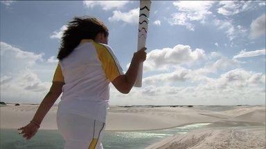 Tocha Olímpica passa pelo Parque Nacional dos Lençóis Maranhenses - A Tocha Olímpica da Rio 2016 passou pelo Parque Nacional dos Lençóis Maranhenses. Quatorze pessoas se revezaram em um percurso pelos principais pontos turísticos do Parque.
