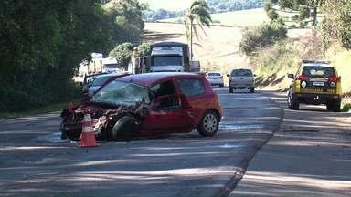 Homem morre e duas pessoas ficam feridas em acidente no sudoeste - Laudo para saber a causa do acidente deve ficar pronto em 30 dias.