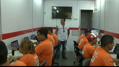 JPB2JP: Trabalhadores participam de qualificação no canteiro de obras - Fazem curso de Informática.