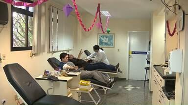 Hospital do Câncer de Maringá fez uma festa junina para os doadores de sangue - Alguns tipos sanguíneos estão baixos e o Hospital do Câncer precisa de mais doadores