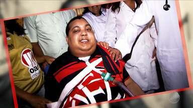Morre Riva Santana, um dos torcedores mais emblemáticos do Vitória - Riva teve uma parada cardiorrespiratória na madrugada desta quarta (15).