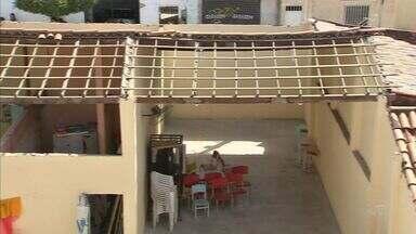 CREA aponta falhas em escola onde parte de teto caiu e feriu cinco crianças - Crianças tiveram apenas ferimentos leves.