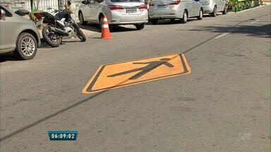 Alguns pontos do Bairro Rodolfo Teófilo têm velocidade reduzida para favorecer o pedestre - A velocidade máxima de alguns trechos passa a ser 30 km/h.