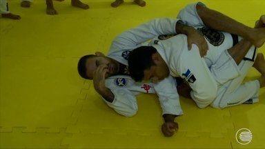 Um dos maiores atletas do Jiu-jitsu brasileiro vem ao Piauí e troca esperiências - Um dos maiores atletas do Jiu-jitsu brasileiro vem ao Piauí e troca esperiências