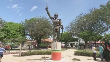 Praça Veiga Cabral foi reaberta depois de sete meses fechada para serviços de revitaliza - A praça Veiga Cabral foi reaberta depois de sete meses fechada para serviços de revitalização.