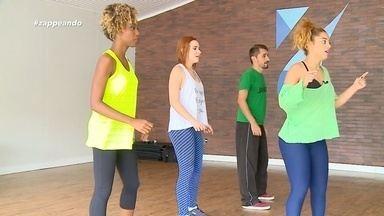 Ao som de 'Carreta Furacão', equipe do 'Zapp' participa de ensaio - Equipe do programa ensaia coreografia que é hit da web.