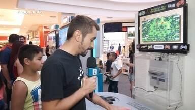 Moacyr Massulo revive emoções de infância no Museu do Vídeogame itinerante - Apresentador reencontrou jogos antigos e alguns consoles muito curiosos.