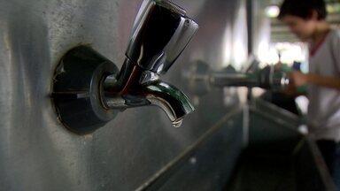 Alunos de escola no Paranoá estão sem aula por conta de falta de água - Os alunos já perderam nove dias de aula por causa do problema.
