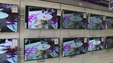 Saiba a diferença entre os sinais digital e analógico de TV - Transmissões em sinal digital aumentam a qualidade de som e imagem