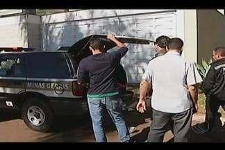 Presos em liberdade condicional são alvo de operação em Patos de Minas - Nova fase da Operação 'Colheita' cumpre 17 mandados de prisão. Detentos que descumpriram medidas terão audiência.