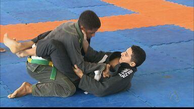 Copa João Pessoa de Jiu-Jitsu movimenta no domingo o ginásio do Unipê - Lutadores de várias cidades da Paraíba participaram da competição.