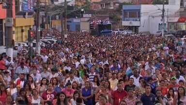 Procissão luminosa encerra festa de São Benedito, em Cuiabá - Procissão luminosa encerra festa de São Benedito, em Cuiabá