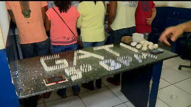 Dez pessoas são presas em operação da PM em Petrolina, PE - Dois homens foram presos no bairro Mandacaru e o outro no João de Deus.