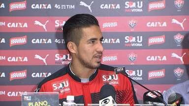 Após vencer o Cruzeiro, Vitória apresenta novo jogador - O atacante boliviano Rodrigo Ramalho é o novo reforço do time.