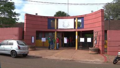 Ameaças levam direção de colégio estadual a suspender aulas - Além desta segunda-feira também amanhã, terça, não haverá aulas no Colégio Estadual Ipê Roxo, por causa de ameaças à funcionários.