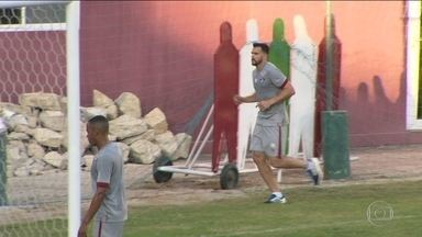 Com atacante novo, Fluminense vai encarar o Ypiranga na Copa do Brasil - Apesar de já estar treinando, Henrique Dourado ainda não foi apresentado.