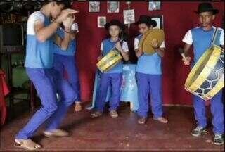 Tradicional Banda Cabaçal inspira cada vez mais crianças e jovens da Região do Cariri - Veja as histórias do quadro 'Cariri em Cena'.