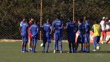 Vila Nova visita o Bahia na Arena Fonte Nova, em Salvador - Time terá novidades para partida desta terça-feira. Guilherme Teixeira, Fernando Neto e Jean Carlos entram.