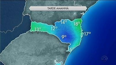 Frente fria deve passar por Santa Catarina trazendo chuva nos próximos dias - Frente fria deve passar por Santa Catarina trazendo chuva nos próximos dias