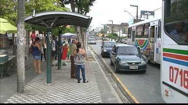 Passageiros de ônibus de João Pessoa assustados com a quantidade de assaltos - Os bandidos assaltam os passageiros nas paradas de ônibus ou mesmo dentro dos veículos.
