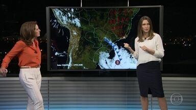 Rio deve ter dia nublado nesta quinta-feira (7) - Uma frente fria deve chegar nesta quinta-feira, o que deve baixar as temperaturas. O Sol vai aparecer entre nuvens, mas não deve chover.
