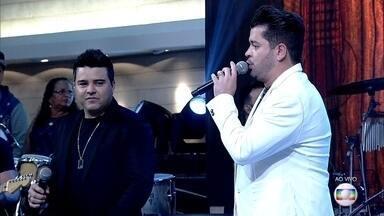 Alan e Alex cantam 'Minha Estrela Perdida' - Dupla canta sucesso!