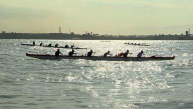 Vitória recebe etapas dos campeonatos brasileiros de canoa havaiana e canoagem oceânica - Competição continua na manhã deste domingo (10).