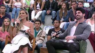 Adriana e Rodrigão falam sobre a escolha do nome do filho - Rodrigão afirma que ficou emocionado ao descobrir que o filho teria seu nome