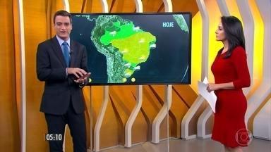 Confira como fica o tempo nesta terça-feira (12) em todo o país - Alerta para o Paraná e para Santa Catarina: ambos com risco de chuva forte em alguns pontos.