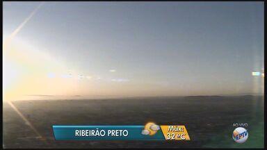 Umidade do ar entra em estado de alerta em Ribeirão Preto, SP - Terça-feira (12) será de sol e tempo seco na cidade.