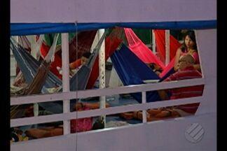 Polícia investiga morte de cozinheiro de embarcação atacada por bandidos - Este é o terceiro assalto a navio de passageiros este ano. O polícia acredita que os crimes foram praticados pela mesma quadrilha que atua na área