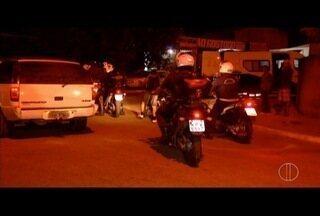 Polícia Civil faz ações para encontrar mulher desaparecida em Campos há 10 dias - Homens foram presos durante a ação.