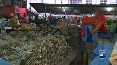 No período da safra, frutas e verduras ficam mais baratas nas feiras de Santarém - Na feira do Mercadão 2000 é possível encontrar frutas e verduras frescas a preços bem em conta.