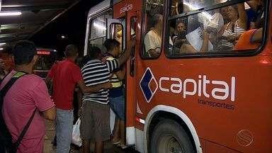 Transporte público volta a operar após protesto dos rodoviários - Transporte público volta a operar após protesto dos rodoviários.