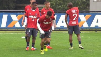 Atlético prega cautela antes de jogo com Vitória - Próximo do G4, Furacão se concentra em repetir boas atuações