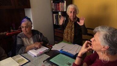 Estímulos deixam cérebro mais ativo e mantêm órgão saudável a vida toda - Aos 86 anos, dona Neuza aprendeu a preservar a memória e a concentração. Neurocientista diz que atividade social é a chave do segredo.