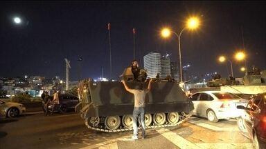 Governo da Turquia consegue resistir à tentativa de golpe militar - A Turquia sofreu uma tentativa de golpe militar controlada em poucas horas pelo governo do presidente Recip Erdogan. Com o poder de desestabilizar completamente a região mais conflagrada do mundo, o Oriente Médio.