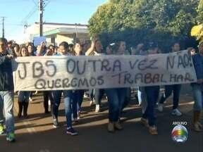 Trabalhadores e comércio se preocupam com a desativação de frigorífico - Unidade da JBS, em Pres. Epitácio, encerrou as atividades nesta segunda (18).